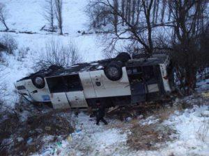 1424019607_zhutkie-avarii-s-avtobusami-8